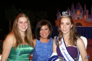 Robyn and her sister Tiana with Mrs. Terry Nurss the new AZ Cinderella director