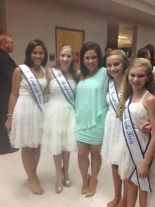Mariah M, Robyn, Zolee and Mariah L  with Adrienne Nurss at the Miss Arizona Pageant
